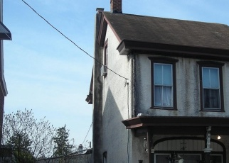 Casa en ejecución hipotecaria in Pottstown, PA, 19464,  W 3RD ST ID: P1675167