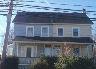 Casa en ejecución hipotecaria in Telford, PA, 18969,  S MAIN ST ID: P1675171