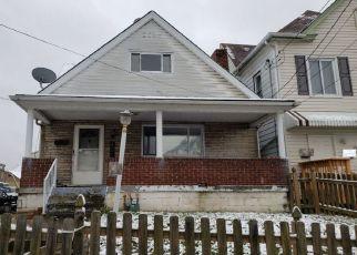 Casa en ejecución hipotecaria in Homestead, PA, 15120,  W MILLER AVE ID: P1675850