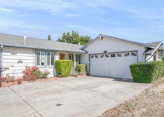 Casa en ejecución hipotecaria in Pittsburg, CA, 94565,  KNOX AVE ID: P1678192