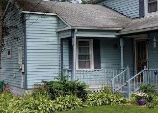Casa en ejecución hipotecaria in Sherburne, NY, 13460,  UNION ST ID: P1679788