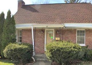 Foreclosed Home en FITCHETT ST, Poughkeepsie, NY - 12601