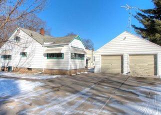 Casa en ejecución hipotecaria in Lake Geneva, WI, 53147,  HASKINS ST ID: P1684808