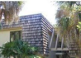 Casa en ejecución hipotecaria in Naples, FL, 34105,  CLUBHOUSE DR ID: P1685476