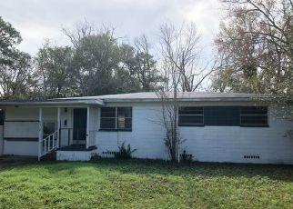 Casa en ejecución hipotecaria in Jacksonville, FL, 32210,  SOLANDRA DR ID: P1685682