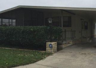 Casa en ejecución hipotecaria in Zephyrhills, FL, 33541,  ASTER AVE ID: P1686179