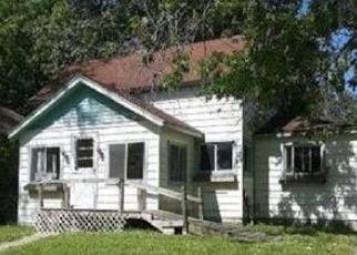 Casa en ejecución hipotecaria in Bay City, MI, 48706,  S ERIE ST ID: P1687677