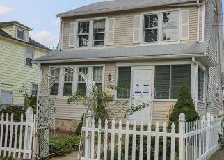 Casa en ejecución hipotecaria in Bridgeport, CT, 06606,  OVERLAND AVE ID: P1688483