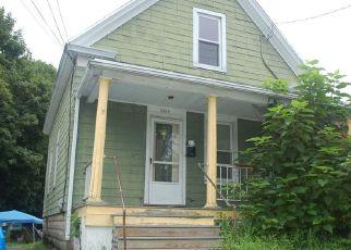 Casa en ejecución hipotecaria in Stratford, CT, 06615,  BARNUM AVE ID: P1688558