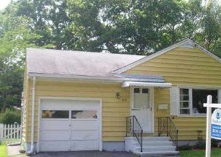 Casa en ejecución hipotecaria in Stratford, CT, 06614,  WOODCREST AVE ID: P1689380