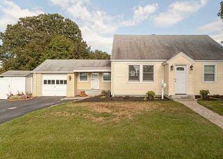 Foreclosure Home in Johnston, RI, 02919,  WILSON AVE ID: P1690886