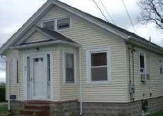 Foreclosure Home in Tiverton, RI, 02878,  CLIFF ST ID: P1691037