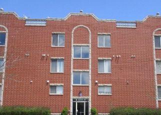 Casa en ejecución hipotecaria in Chicago, IL, 60621,  S PERRY AVE ID: P1692200