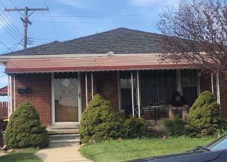 Foreclosure Home in Center Line, MI, 48015,  SUNBURST ID: P1695391