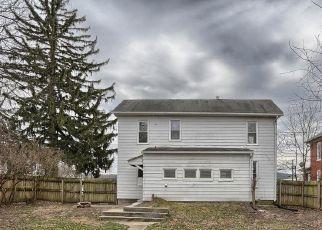Casa en ejecución hipotecaria in Highspire, PA, 17034,  2ND ST ID: P1695809