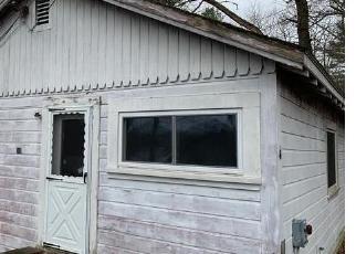 Foreclosure Home in Sandown, NH, 03873,  N SHORE RD ID: P1695918