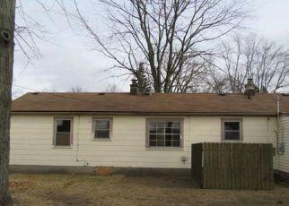 Casa en ejecución hipotecaria in Livonia, MI, 48154,  CAVOUR ST ID: P1696346