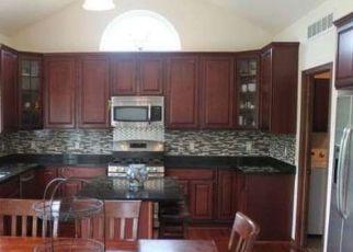 Casa en ejecución hipotecaria in Franklin, WI, 53132,  W RIVER PARK CT ID: P1696627