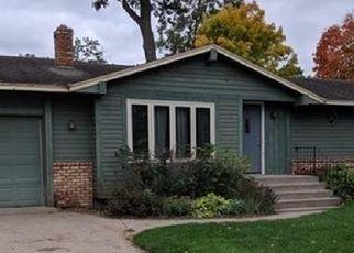 Casa en ejecución hipotecaria in Princeton, MN, 55371,  OAK CIR ID: P1697654