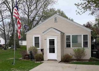 Casa en ejecución hipotecaria in Waterville, MN, 56096,  PAQUIN ST E ID: P1699656