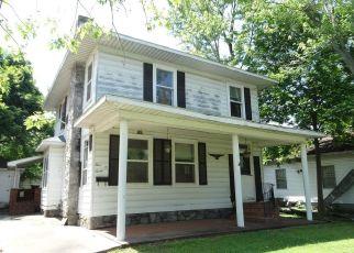 Casa en ejecución hipotecaria in Scott City, MO, 63780,  CHESTNUT ST ID: P1700648