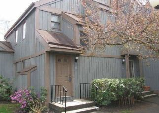 Foreclosure Home in Brookfield, CT, 06804,  HEATHERWOOD DR ID: P1701601