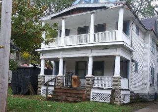 Casa en ejecución hipotecaria in Cleveland, OH, 44108,  TACOMA AVE ID: P1705176