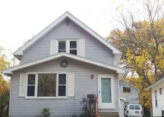 Casa en ejecución hipotecaria in Waseca, MN, 56093,  2ND ST NE ID: P1705548