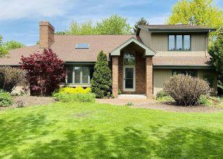 Casa en ejecución hipotecaria in Brookfield, WI, 53045,  WHITTINGTON CT ID: P1706945