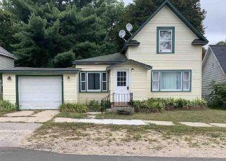 Casa en ejecución hipotecaria in Manton, MI, 49663,  W ELM ST ID: P1707429