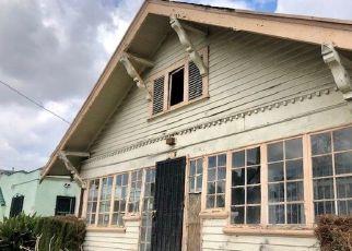 Casa en ejecución hipotecaria in Los Angeles, CA, 90011,  E 53RD ST ID: P1710673