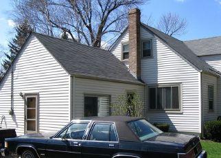 Casa en ejecución hipotecaria in Des Plaines, IL, 60018,  ESTES AVE ID: P1710895