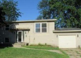 Casa en ejecución hipotecaria in Sparta, MI, 49345,  WHITE ST ID: P1711109