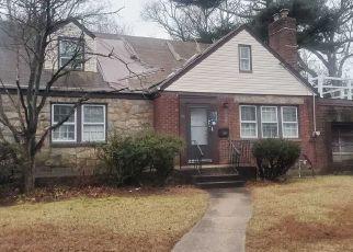 Casa en ejecución hipotecaria in West Hempstead, NY, 11552,  MELVIN AVE ID: P1711165