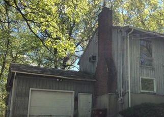 Casa en ejecución hipotecaria in Shelton, CT, 06484,  GROVE ST ID: P1711472
