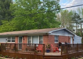 Casa en ejecución hipotecaria in Disputanta, VA, 23842,  WALTON LAKE RD ID: P1712040