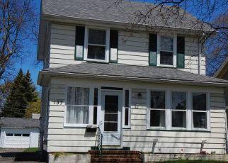 Casa en ejecución hipotecaria in Rochester, NY, 14619,  WOODBINE AVE ID: P1712505
