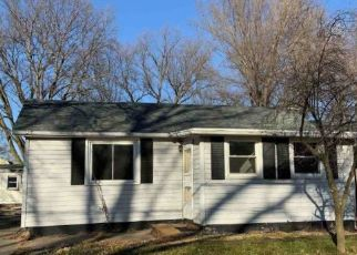 Foreclosure Home in Pekin, IL, 61554,  HILLVIEW DR ID: P1714674