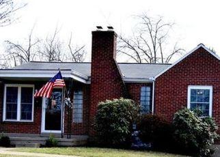 Casa en ejecución hipotecaria in Bethel Park, PA, 15102,  MURDOCK AVE ID: P1715466