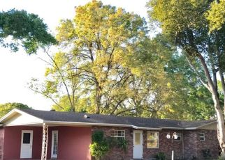 Casa en ejecución hipotecaria in Lakeland, FL, 33803,  STAUNTON AVE ID: P1715973