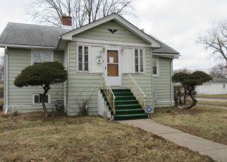 Casa en ejecución hipotecaria in Maywood, IL, 60153,  S 17TH AVE ID: P1717372