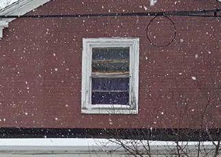 Casa en ejecución hipotecaria in Wappingers Falls, NY, 12590,  BRICK ROW ID: P1721215