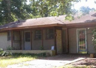 Foreclosure Home in Pine Bluff, AR, 71603,  LILY CV ID: P1723021