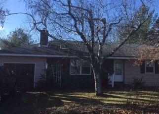 Casa en ejecución hipotecaria in Altamont, NY, 12009,  HAWES RD ID: P1725440
