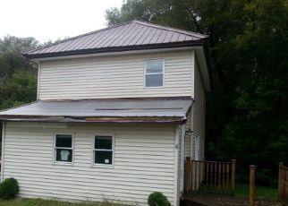 Casa en ejecución hipotecaria in Chateaugay, NY, 12920,  MONROE ST ID: P1728268