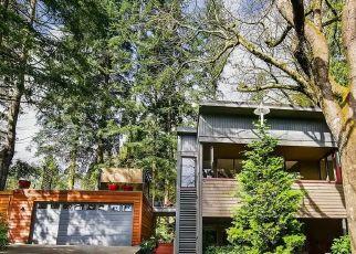 Casa en ejecución hipotecaria in Bellevue, WA, 98008,  163RD PL SE ID: P1730118