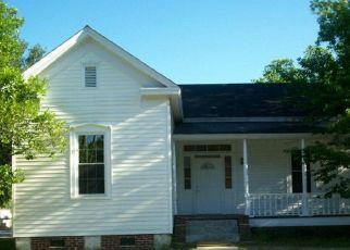 Casa en ejecución hipotecaria in Manning, SC, 29102,  OAK ST ID: P1730377
