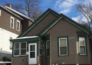 Casa en ejecución hipotecaria in Syracuse, NY, 13203,  VINE ST ID: P1731258