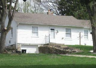 Casa en ejecución hipotecaria in Kansas City, MO, 64119,  N DENVER AVE ID: P1735463