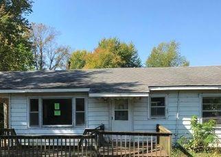 Casa en ejecución hipotecaria in Richland, MO, 65556,  CHALFANT ST ID: P1736194